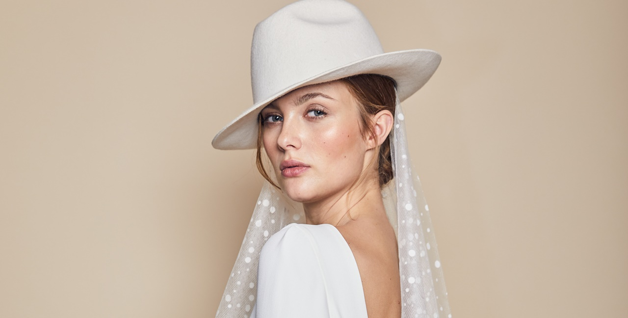 Wedding Headpieces and Veils  dac37631afb